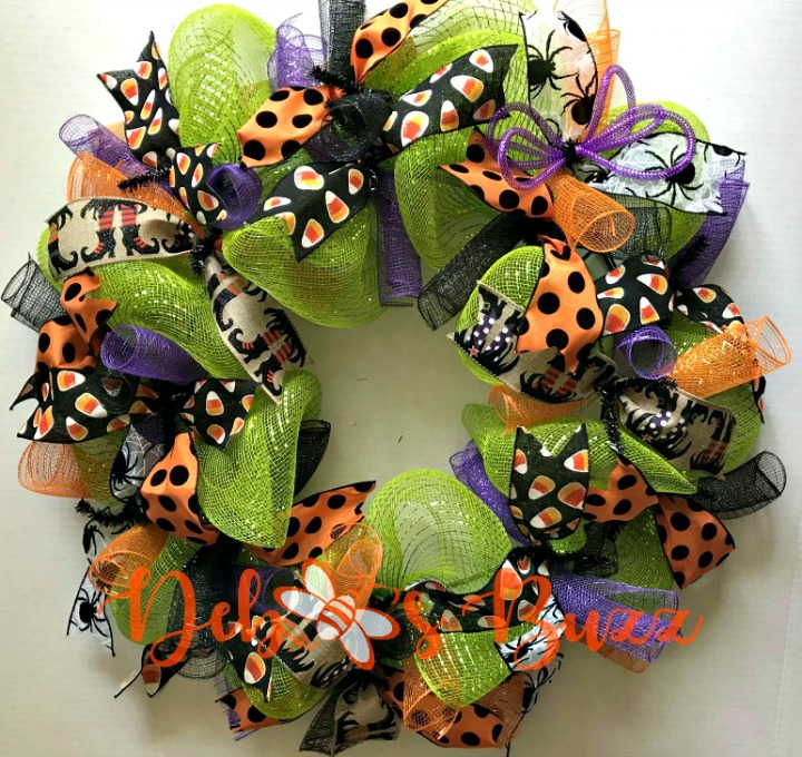 Halloween-wreath-green-mesh-ribbons