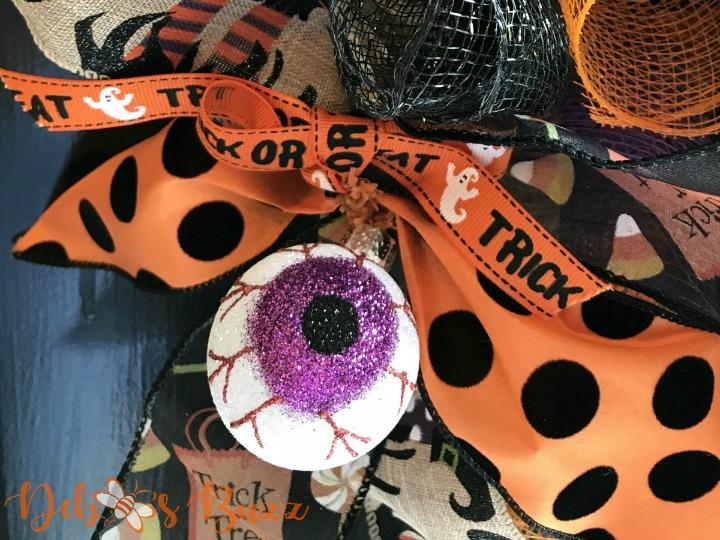 Halloween-wreath-eyeball