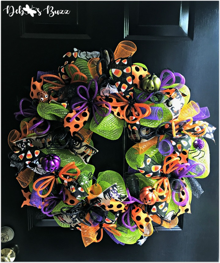 halloween-wreath-trick-or-treat-black