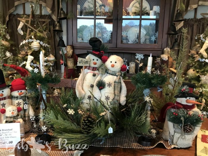 Christmas-Shop-snowmen-decorated-table