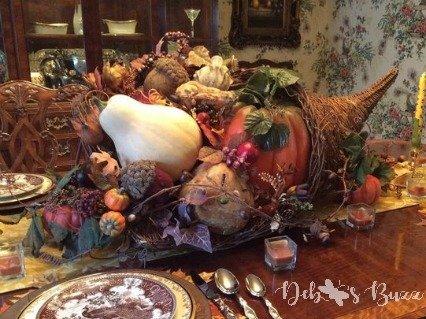 Cornucopia Takes Center Stage on Thanksgiving Table