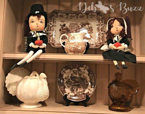 Thanksgiving shelf