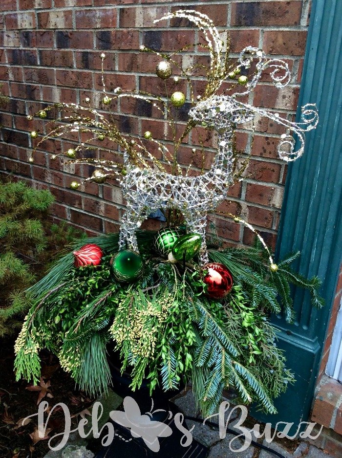 Reindeer-Christmas-planters-day