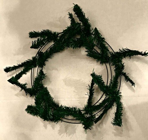 Christmas-tree-diy-wreath-evergreen-twists