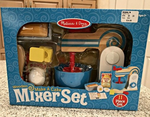 toy-gift-giving-wooden-mixer-set