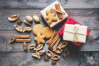 christmas-home-page-mira-456983-upsplash