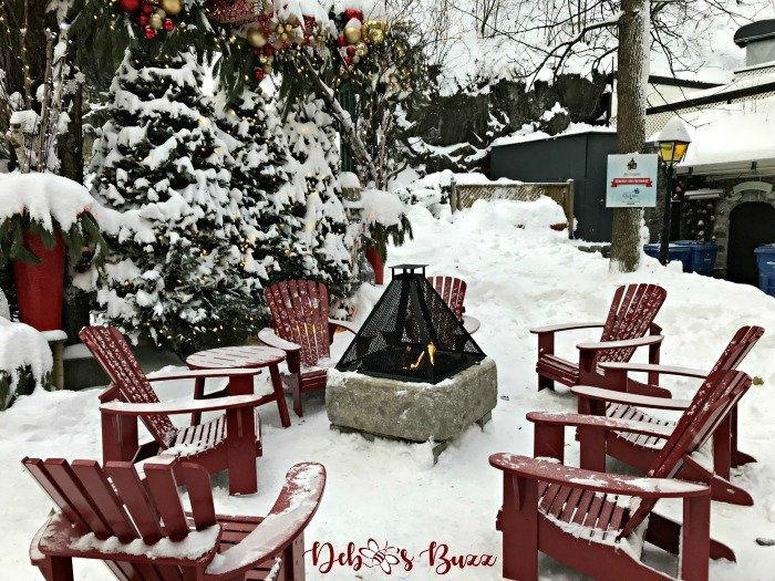 make-merry-Quebec-City-Christmas-firepit