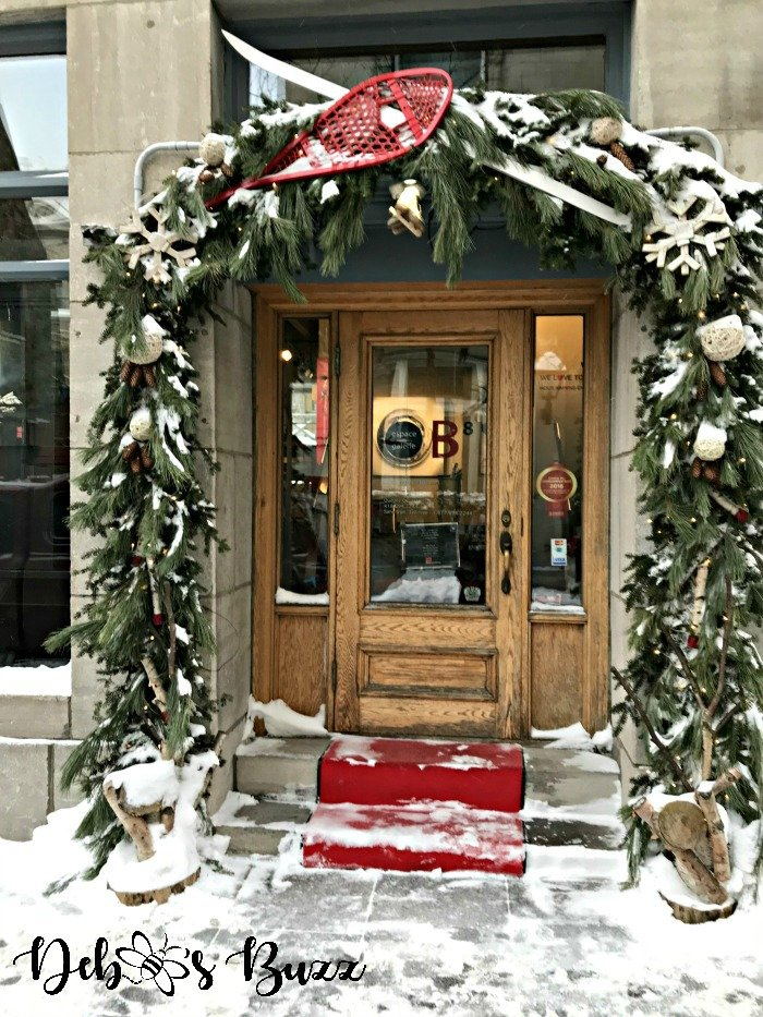 Quebec-City-snow-shoe-decor