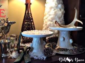 apres-ski-lodge-cake-stands-