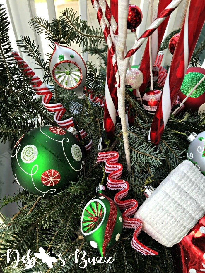 candy-cane-Christmas-urns-greens