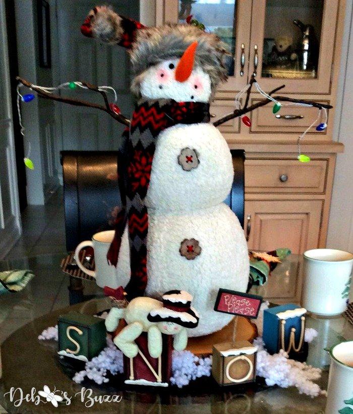 snowman-centerpiece-cap