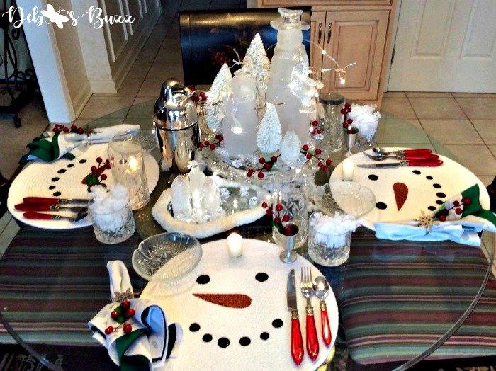 snowman-centerpiece-crystal-table