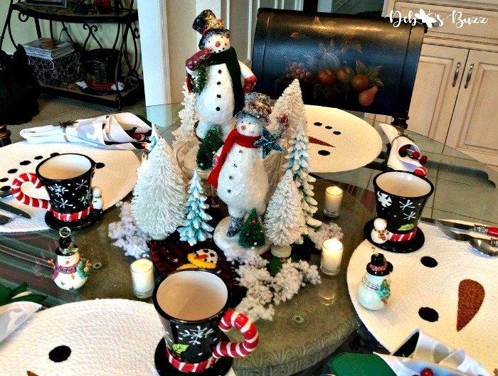 snowman-centerpiece-duo-table