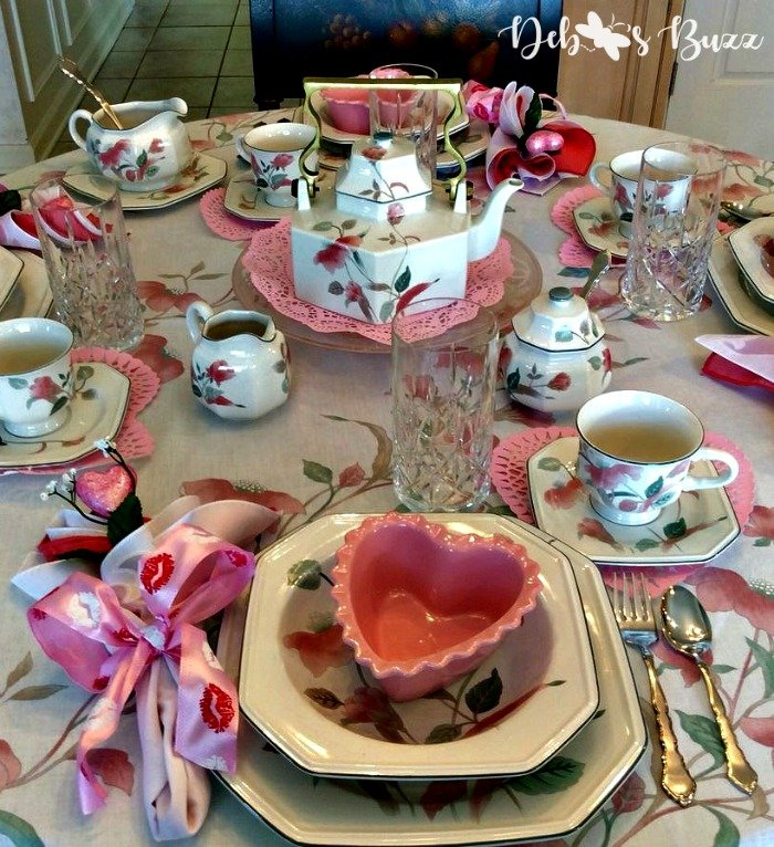 valentines-day-tea-place-setting