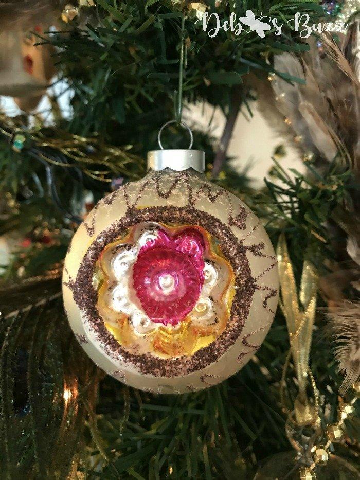 vintage-christmas-ball