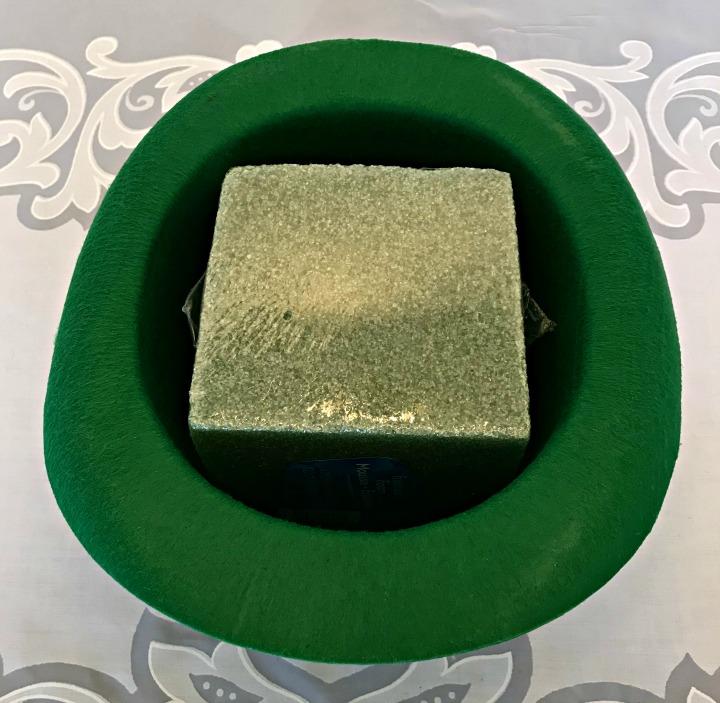 leprechaun-centerpiece-foam