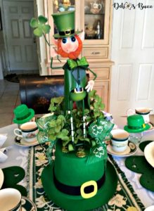 lucky-leprechaun-centerpiece-table