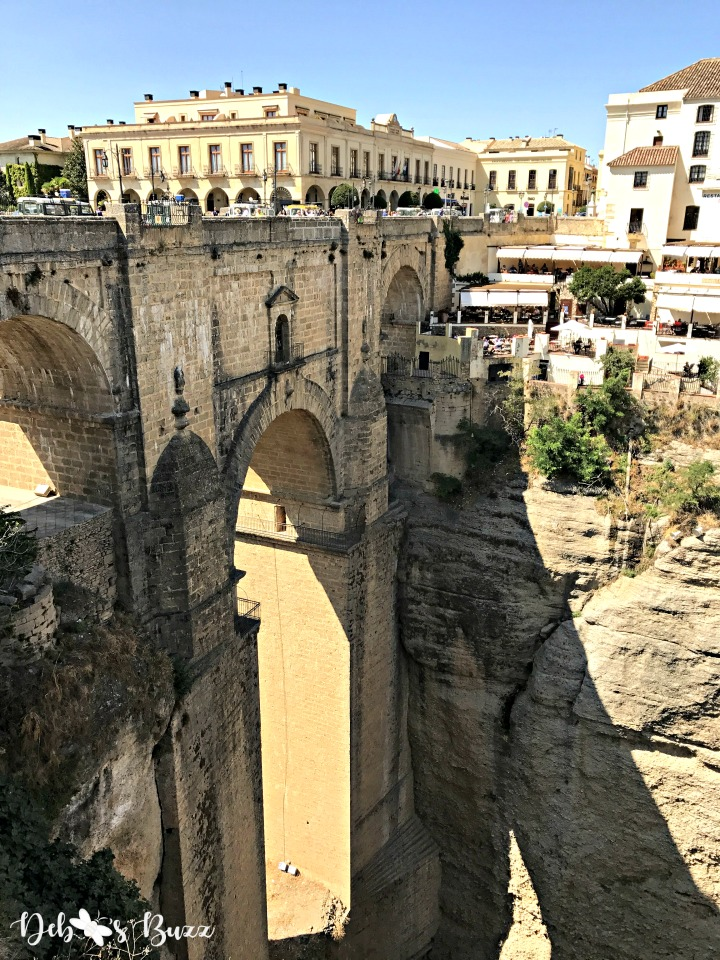 ronda-gorge-bridge