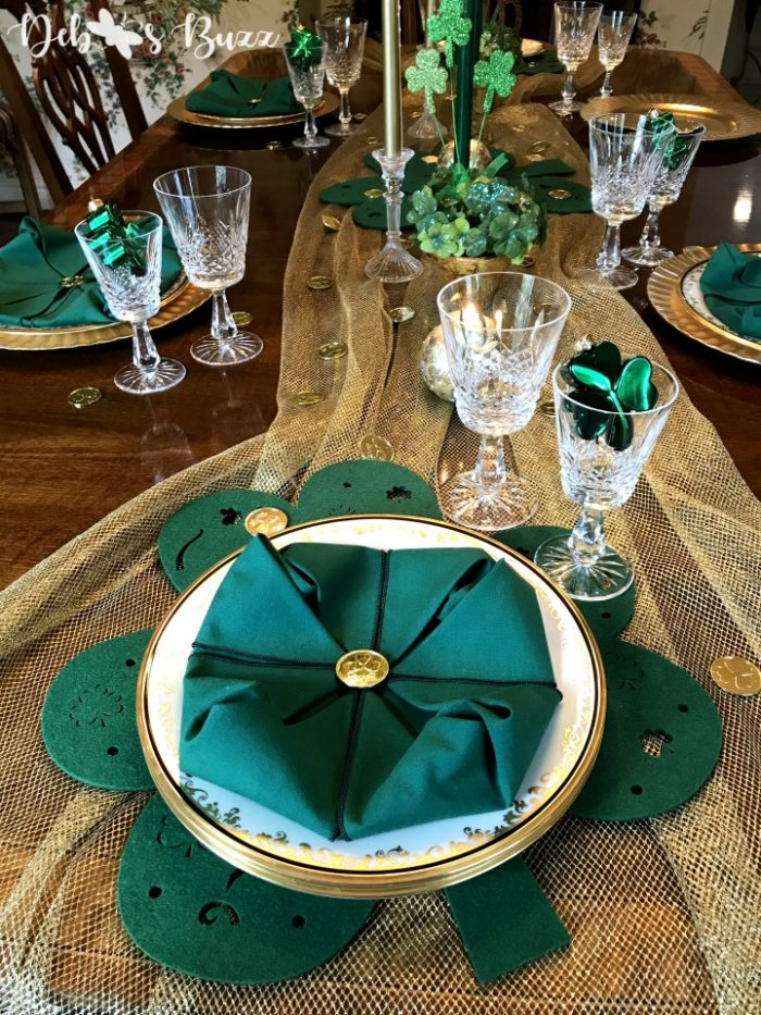 shamrock-tablescape-long-view