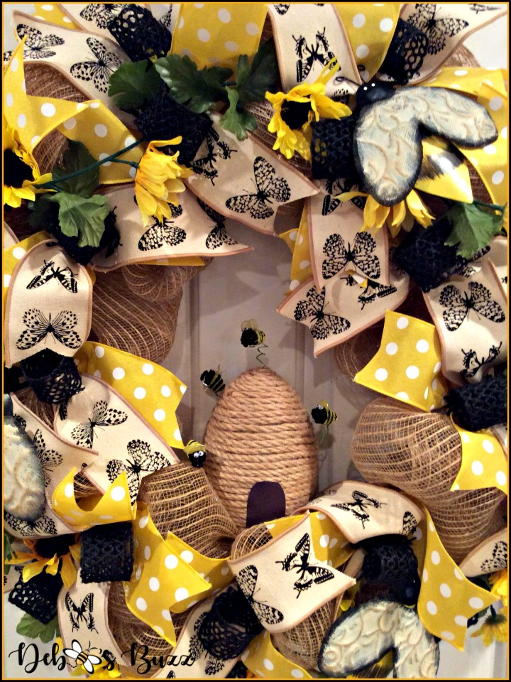 bee-wreath-large-hive-added