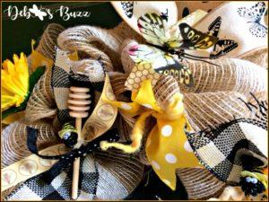 bee-wreath-medium-honey-dipper