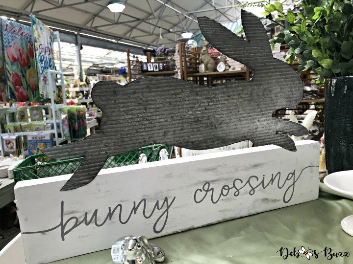 easter-hunt-trax-bunny-crossing
