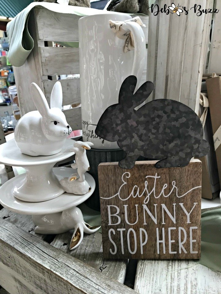easter-hunt-trax-bunny-sign