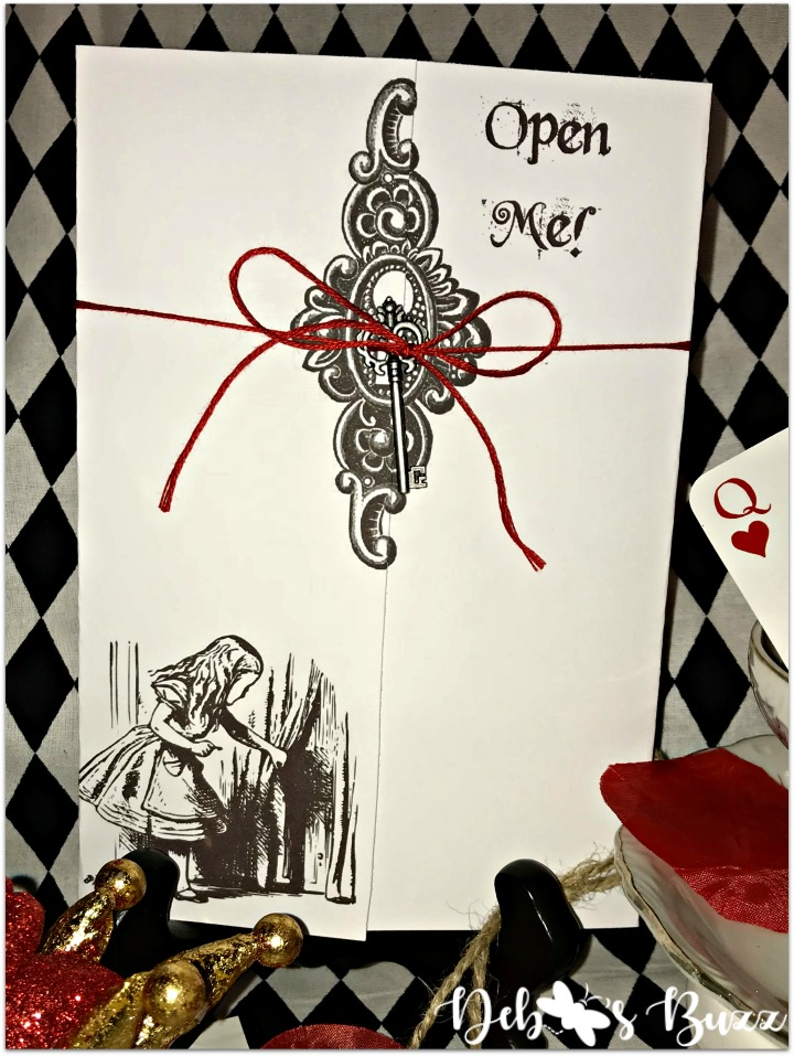 alice-in-wonderland-invitation-open-me-closeup