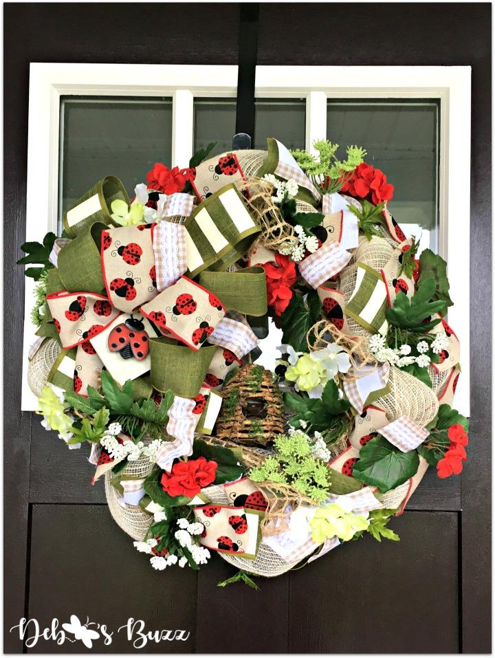 ladybug-wreath-closeup-door