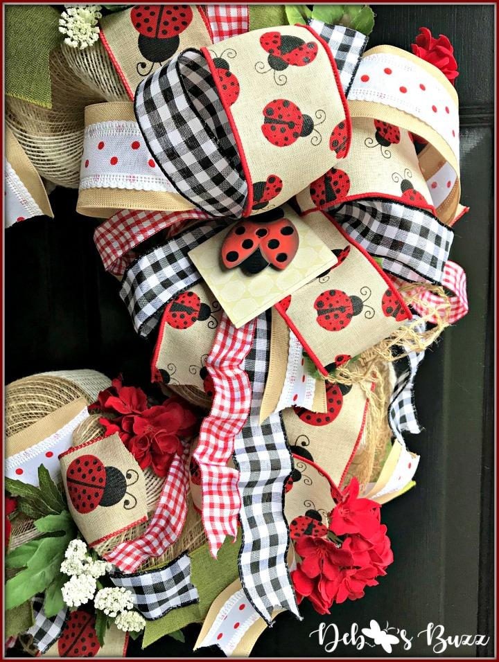 ladybug-wreath-gingham-bow-side