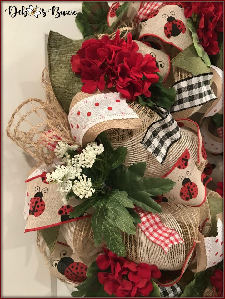 ladybug-wreath-gingham-left
