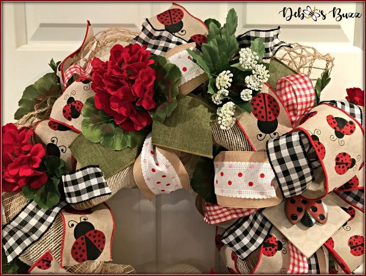 ladybug-wreath-gingham-top