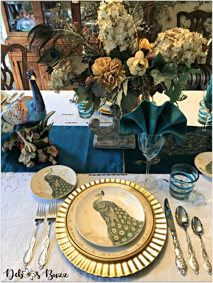 peacock-tablescape-place-setting