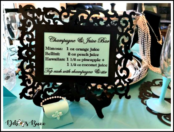 tablescape-breakfast-tiffanys-mimosa-bar-sign