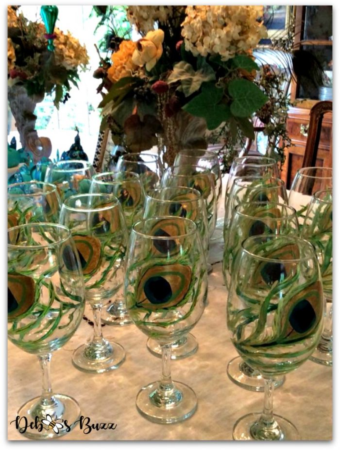 peacock-party-favors-gifts-peacock-feather-glasses-table