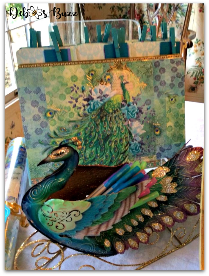 peacock-party-favors-gifts-peacock-folders