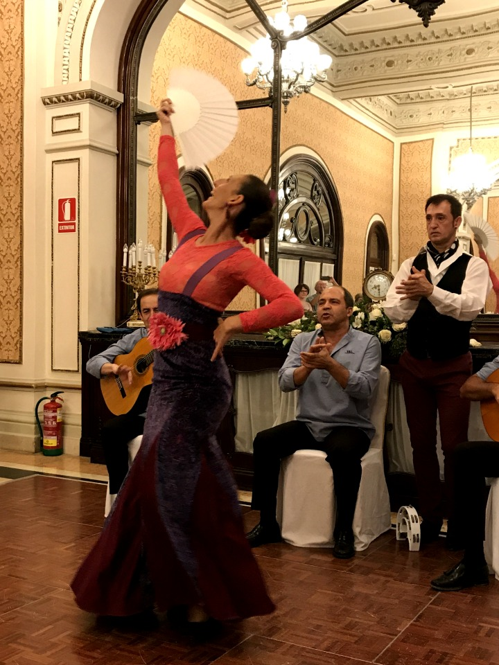 seductivel-seville-flamenco-fan
