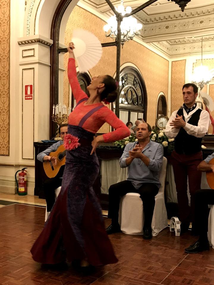 seductivel-seville-flamenco-fan