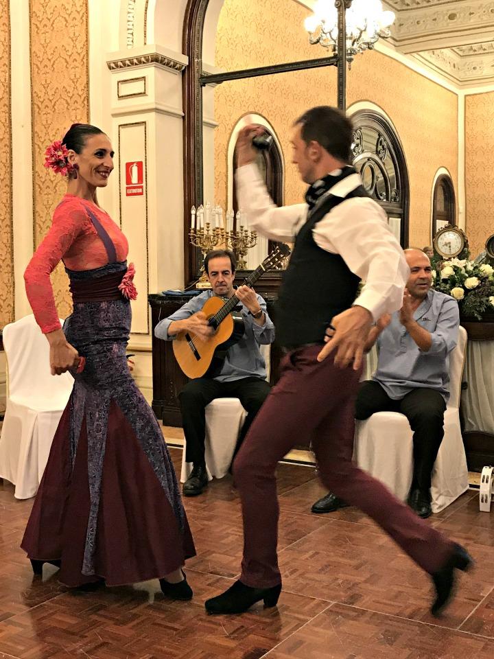 seductive-seville-flamenco-oh-lay