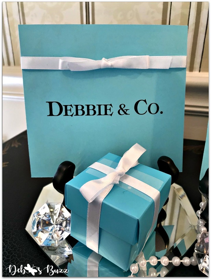 Tiffanys-theme-party-favors-debbie-co-sign-my-favorite-things-party