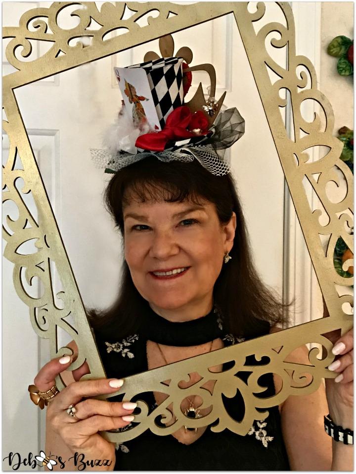 alice-wonderland-unbirthday-party-queen-hearts-fascinator-frame