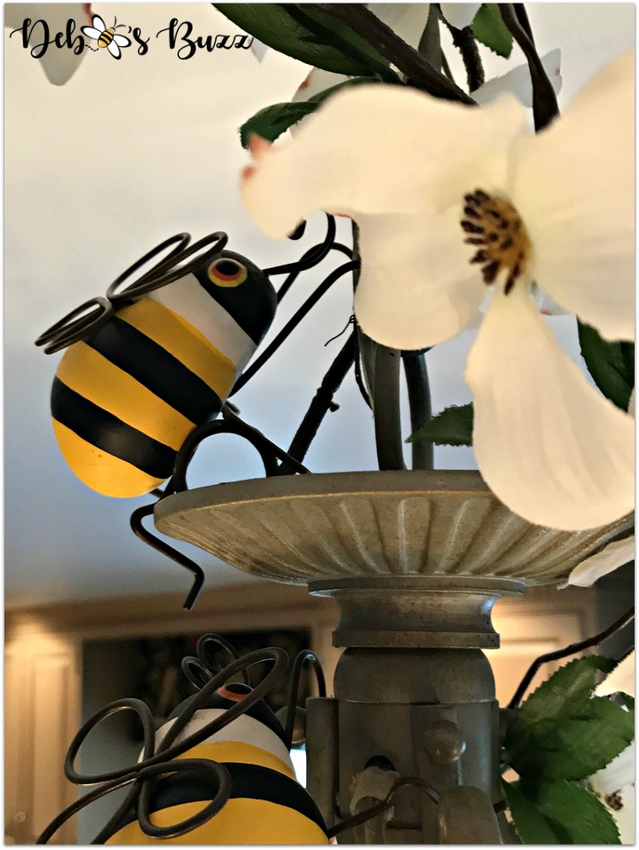 bee-tablescape-pot-hugger