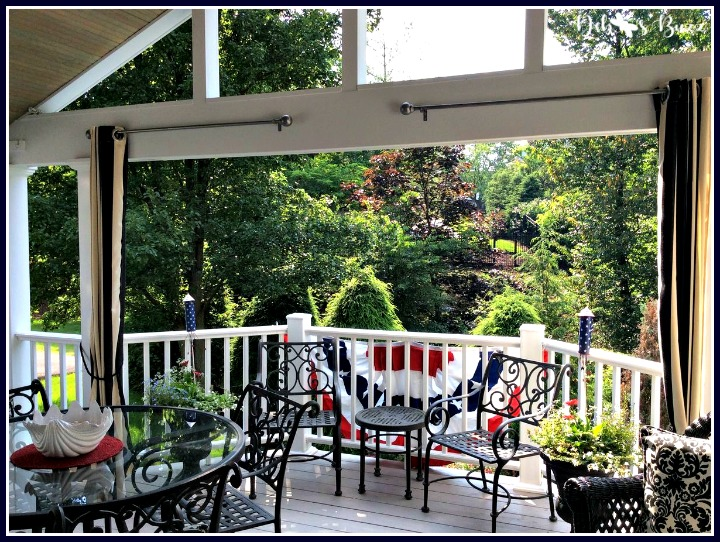 Independence-Day-decorations-open-porch
