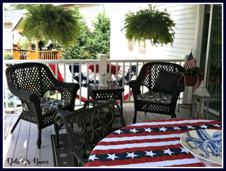 Independence-day-decorations-bunting-inside-porch