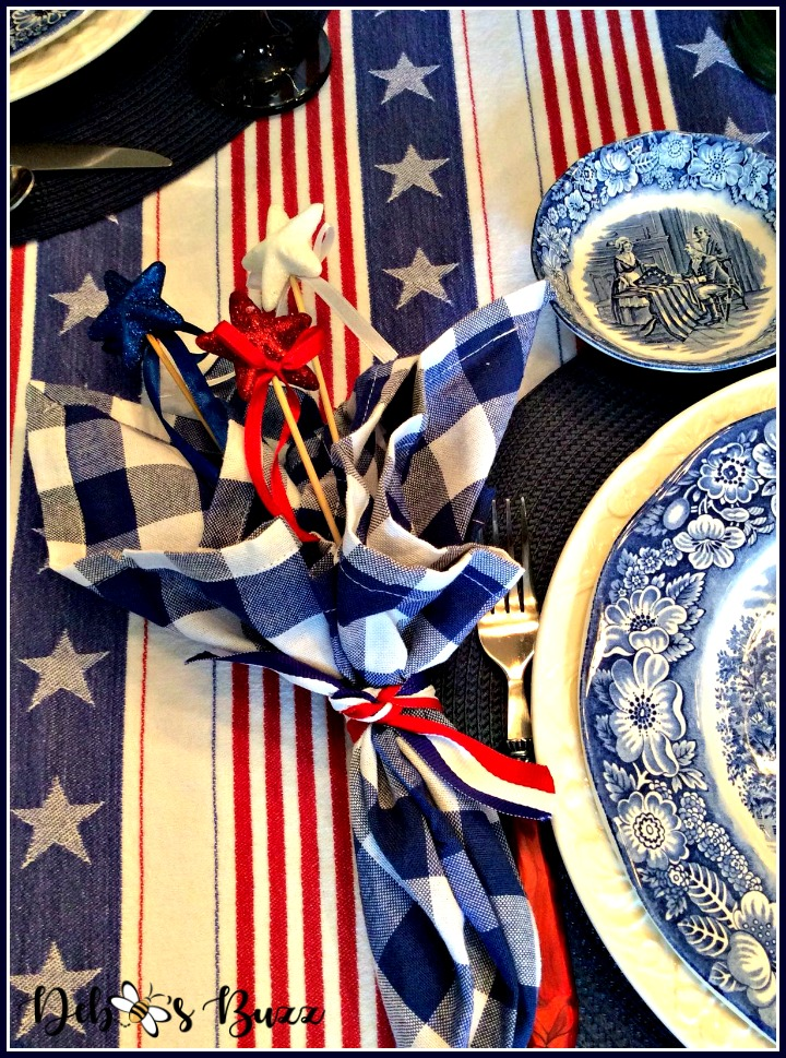 July-4th-patriots-table-napkin-stars