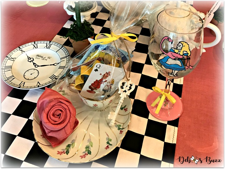 Alice in Wonderland Table and Party Favors
