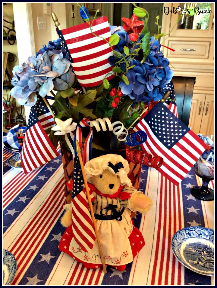 july-4th-patriots-table-betsy-ross-centerpiece-muffy