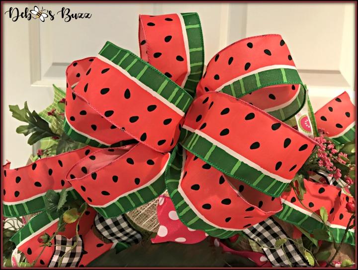 summer-garden-wreath-watermelon-strawberries-ant-bow