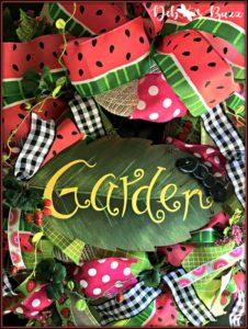 summer-garden-wreath-watermelon-strawberries-ant-garden-sign
