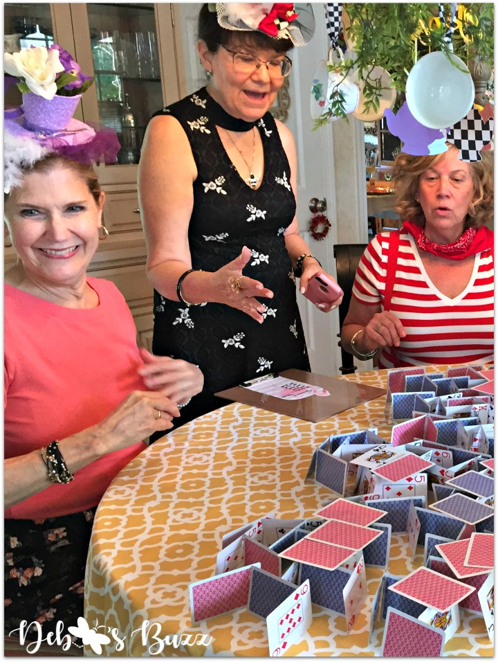 alice-in-wonderland-games-house-of-cards-counting